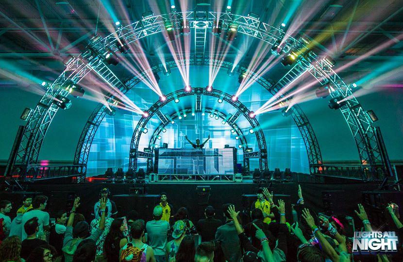music festival travel