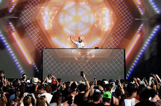 kygo-hot-100-fest-live-mazur-2015-billboard-650-a