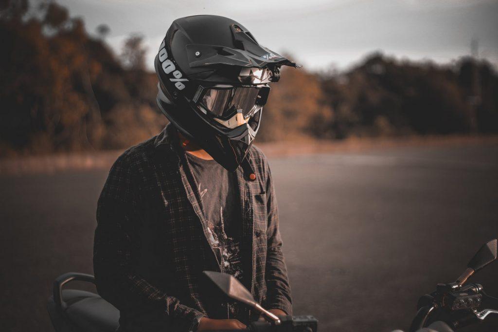 Safest Motorcycle Helmet >> Helmet Communicators Buyer's Guide - Travel Hymns